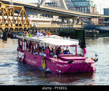 La Série mondiale 2013 rouge Sox Duck Boat Parade Banque D'Images