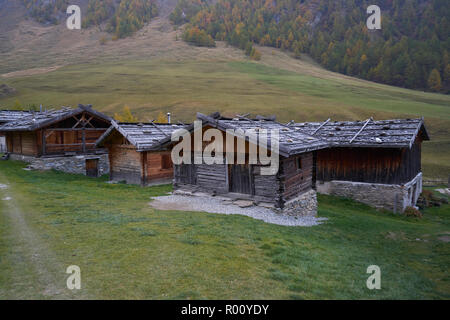 Fane Alm avec Pfundigerer, montagnes du Tyrol du Sud, Italie