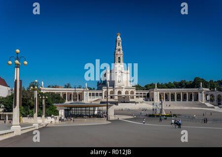 Fátima est le centre de la religion catholique au Portugal