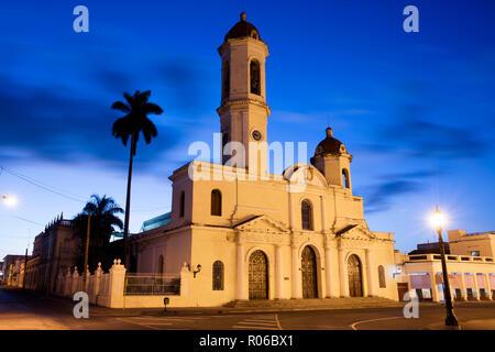Catedral de la Purisima Concepcion (la cathédrale de Cienfuegos, Cienfuegos), site du patrimoine mondial de l'UNESCO, Cuba, Antilles, Caraïbes, Amérique Centrale Banque D'Images