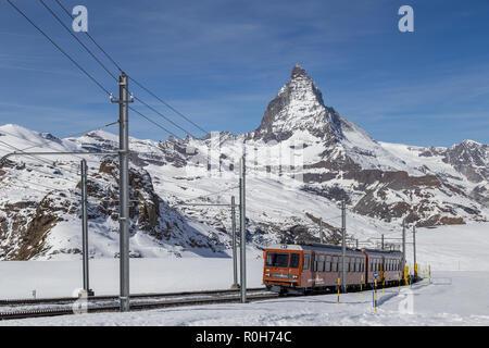 En face de la gare de Gornergrat Matterhorn Banque D'Images