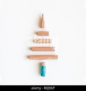 Arbre de Noël de crayon de minimal concept créatif. Banque D'Images