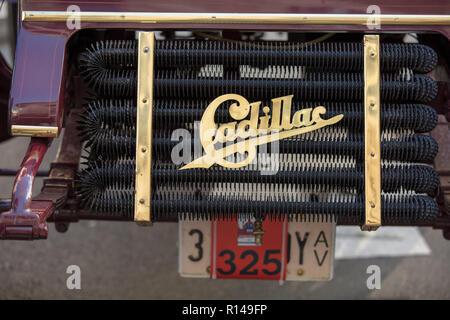 Cadillac Vintage radiateur sur la route de l'Illinois 66 Regent Street Motor Show, London, UK, novembre 2018.