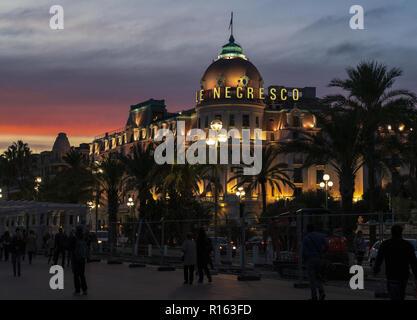 2 novembre 2018 - Nice, France. L'hôtel Le Negresco sur la Promenade des Anglais sur la Baie des Anges à Nice, France. Banque D'Images