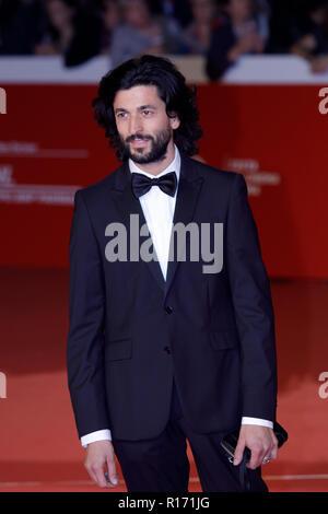 """Rome, Italie. 19 octobre, 2018. Un invité marche sur le tapis rouge de l'avant de la """"la chambre avec un réveil dans ses murs le dépistage au cours de la 13e film Rome F Banque D'Images"""