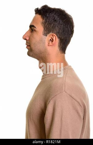 Voir le profil de jeunes beau persan homme debout
