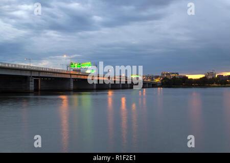14e Rue pont à travers la rivière Potomac à Washington DC Banque D'Images