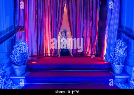 Londres, Royaume-Uni. 13Th Nov 2018. Les croquis des installations de Noël annuel. Crédit: Guy Bell/Alamy Live News Banque D'Images