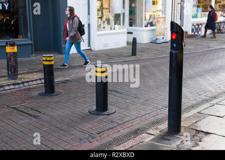 La hausse automatique des bornes pour limiter la circulation en centre-ville de Cambridge, Cambridgeshire, Angleterre, RU Banque D'Images