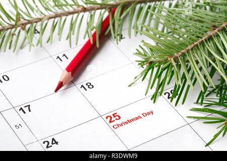 Prêt à Noël à venir. Calendrier avec date du marquage de jour de Noël Banque D'Images