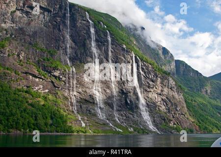 Gerainger Fjord, Norvège, Seven Sisters Falls, chutes d'eau, Banque D'Images