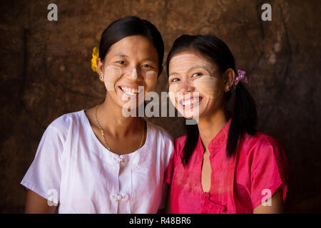 Deux jeunes filles au Myanmar Banque D'Images