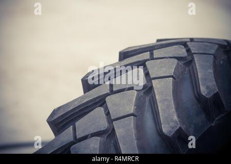 Pneu de camion Big close-up Banque D'Images