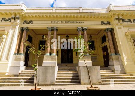La Chambre des représentants républicaine - Cámara de Representantes, qui a été installé ici jusqu'à ce qu'il a été déplacé à l'Capitolio en 1929. La Havane, Cuba
