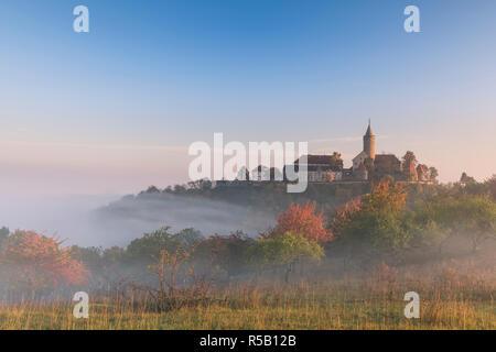 Lever du soleil à la Szinérváralja, brouillard, automne, Thuringe, Allemagne
