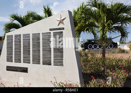 Cuba, province de Matanzas, Playa Giron, Museo de Playa Giron, musée de l'US-led 1961 CIA, l'invasion de la Baie des Cochons martyrs monument aux soldats Cubains tués pendant l'invasion Banque D'Images