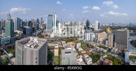 Panorama de la ville de Bangkok, Sukhumvit Road et Nana La photographie aérienne. Banque D'Images