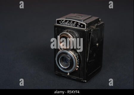 Roll vintage film appareil connu comme le Lubitel 2 Banque D'Images