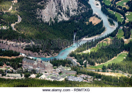 Le Fairmont Banff Springs Hotel and Golf Course Banque D'Images