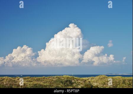 Vue sur la mer du Nord et les dunes de Banque D'Images