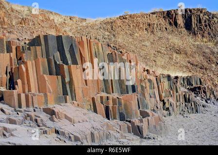 Tuyaux d'orgue Rock Formation, près de Twyfelfontein, Damaraland, Namibie
