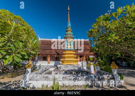 Wat Ban Phon Heuang à Luang Prabang, Laos Banque D'Images