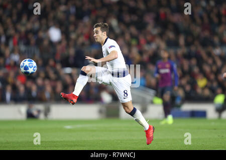 Barcelone, Espagne. Dec 11, 2018. 10 décembre 2018 - Barcelone, Espagne - clins d'Harry de Tottenham lors de la Ligue des Champions, Groupe B match de football entre le FC Barcelone et Tottenham Hotspur le 11 décembre 2018 au Camp Nou à Barcelone, Espagne Photo : Manuel Blondeau/ZUMA/Alamy Fil Live News Banque D'Images