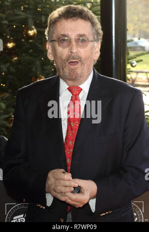 Londres, Royaume-Uni. Dec 11, 2018. Robert Powell au repas de Noël au tric Grosvenor House dans Park Lane. Credit : Keith Mayhew SOPA/Images/ZUMA/Alamy Fil Live News Banque D'Images