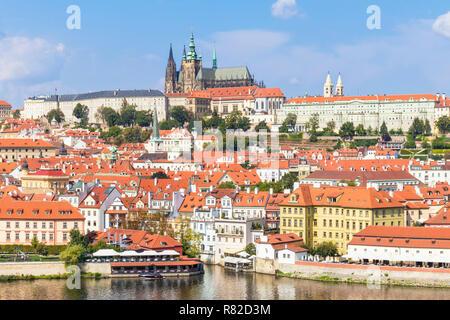 République Tchèque Prague Prague skyline avec le château de Prague et cathédrale saint-vitus quartier de Mala Strana Prague République Tchèque Europe