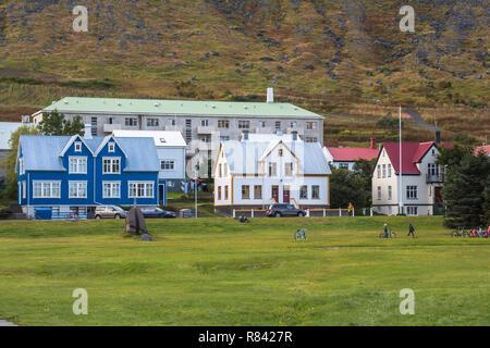 Maisons typiques en islandais ville Isafjordur Banque D'Images