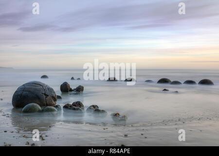 Moeraki Boulders, Koekohe Plage, Otago, île du Sud, Nouvelle-Zélande