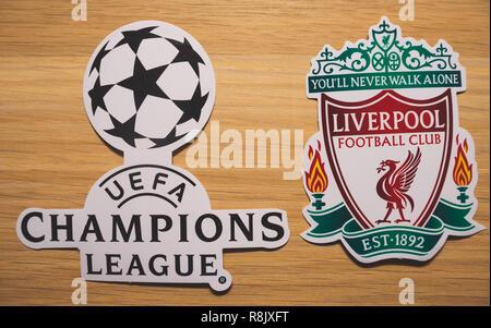 15 décembre 2018. Nyon Suisse. Le logo du club de football Liverpool F.C. et l'UEFA Champions League. Banque D'Images