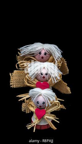 Anges En Ceramique Fait A La Maison Avec De Petits Pots De