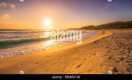 Coucher de soleil Surfers Banque D'Images