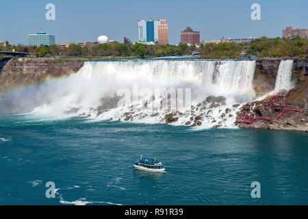 Voile et American Falls Chutes du Niagara - Ontario, Canada Banque D'Images
