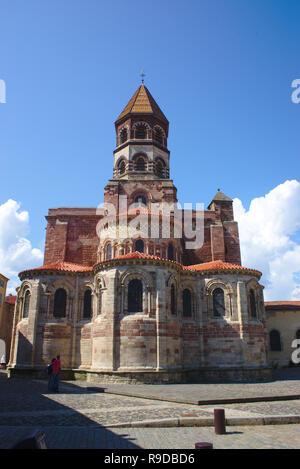Basilique Saint-Julien de Brioude, en Haute-Loire, de style roman auvergnat