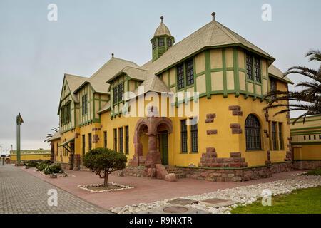 Ancien corps de bâtiment à Swakopmund, Namibie, Afrique Banque D'Images