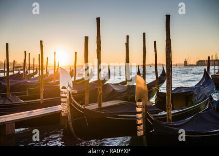 Soleil du matin dans la place Saint-Marc, Venise, Italie.