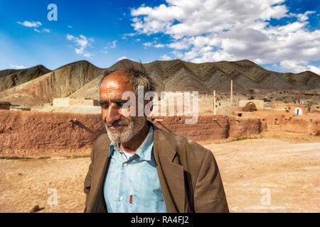 Un vieil homme portrait rural dans un village situé au nord-ouest de l'Iran, Zanjan Banque D'Images