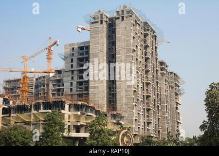 Pune, Maharashtra / INDE - Octobre 2015: Travaux de construction dans la ville de Pune, Inde. Banque D'Images