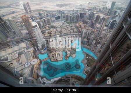 Vue depuis la tour Burj Khalifa, Dubai, Émirats Arabes Unis