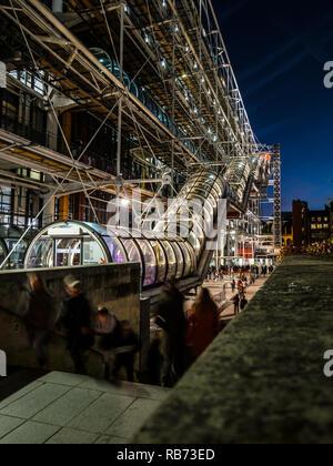 PARIS BEAUBOURG - CENTRE GEORGES POMPIDOU - Paris - PARIS ART - Architecture - Architecture PARIS - ART CONTEMPORAIN - ART © Frédéric Beaumont Banque D'Images
