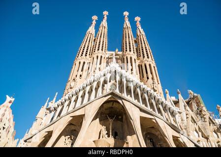 La façade de la Sagrada Familia, le plus célèbre monument de Barcelone