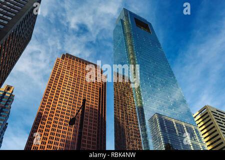 Le centre-ville de Philadelphie sur les gratte-ciel avec des reflets dans le verre Banque D'Images