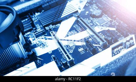 Carte de circuit imprimé. La technologie matérielle de l'ordinateur électronique. Numérique de la carte mère