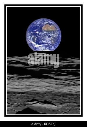 La terre à cheval sur le limbe de la lune, vue de Lunar Reconnaissance Orbiter au-dessus du cratère Compton. L'ombre au premier plan est du cratère's pics centraux, tandis que les montagnes juste au-dessus il peut être vu dans la position 10 heures dans le cratère dans cette image ou la position 12 heures dans cette image. Le centre de la terre dans cette vue est 4.04°N, 12.44°W, au large des côtes du Libéria. La grande zone de bronzage dans le coin supérieur droit est le désert du Sahara, et juste au-delà est l'Arabie Saoudite. Les côtes atlantique et pacifique de l'Amérique du Sud sont visibles à gauche.