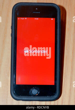 L'application de la Banque Santander sur smart phone Banque D'Images