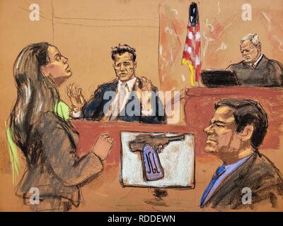 """New York, États-Unis. 17 Jan, 2019. Vue d'une reproduction photographique par Jane Rosenberg qui nous indique les Attornet Assistant général Andrea Goldbarg (L) alors qu'elle interroge l'agent de la DEA Victor Vazquez (2L) en face de juge fédéral Brian Cogan (up) et baron de la drogue mexicain Joaquin """"El Chapo"""" Guzman, à la Cour de district du sud de Brooklyn, à New York, États-Unis, 17 janvier 2019. Crédit: Jane Rosenberg/EFE/Alamy Live News Banque D'Images"""