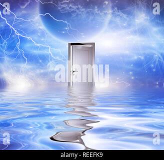 Le surréalisme. Portail blanc symbolise la porte d'une autre dimension. Banque D'Images