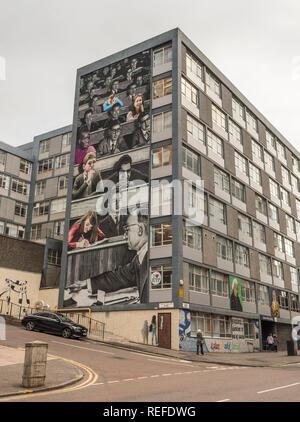 L'Université de Strathclyde, tête de la plus grande murale dans le Royaume-Uni. Banque D'Images